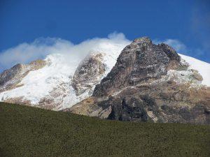 snow-peak-1502966_640