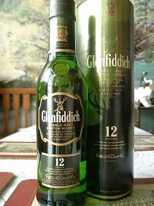 450px-Bottle_of_Glenfiddich_12yo