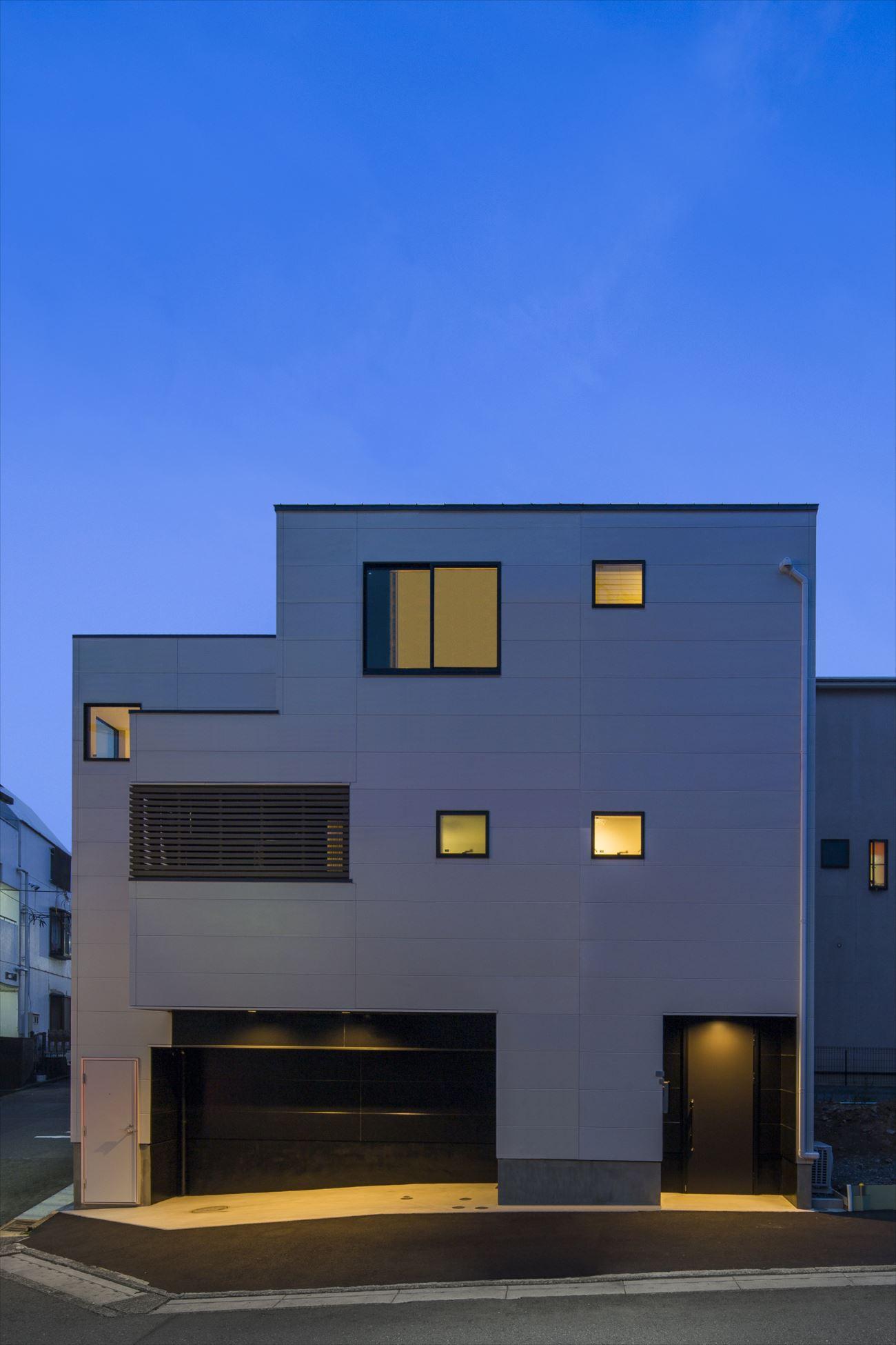 東京,狭小住宅,三階建て住宅,ガレージハウス