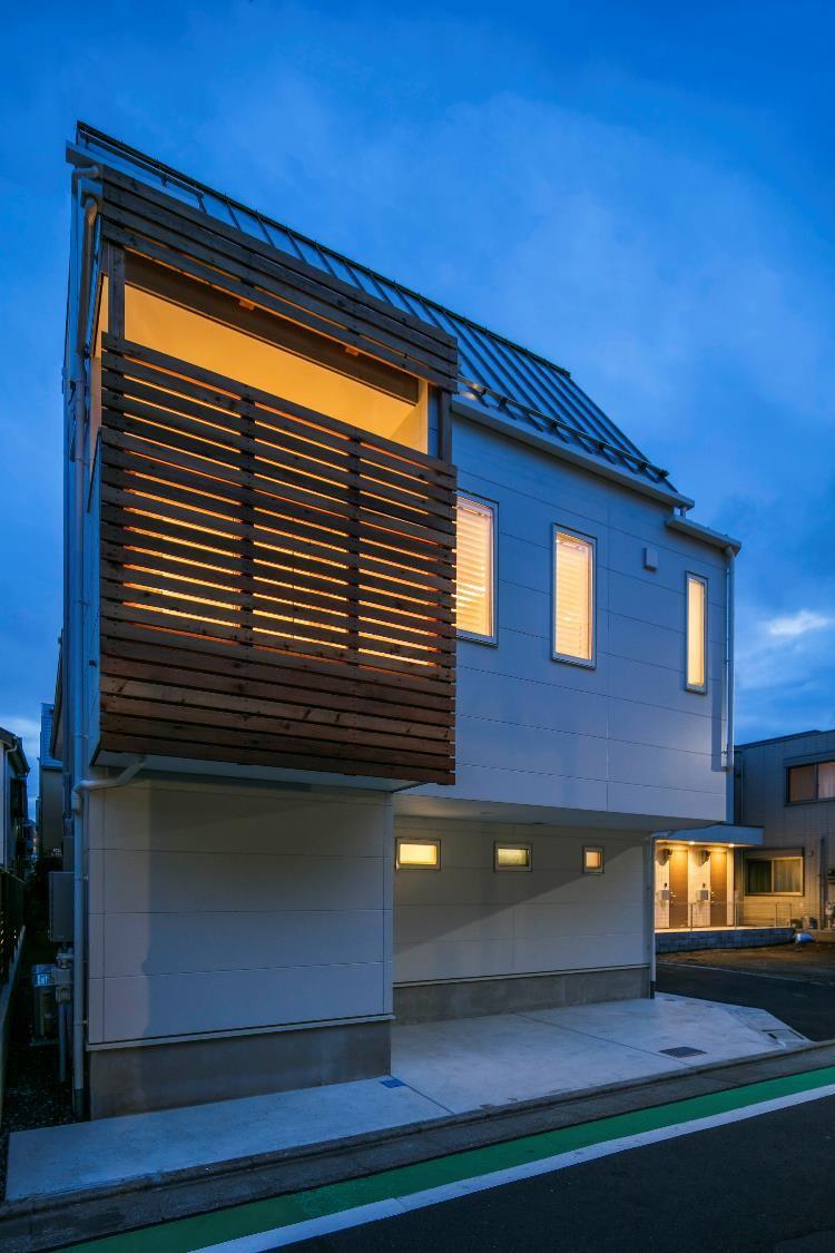 東京,狭小住宅,三階建て住宅,バルコニー
